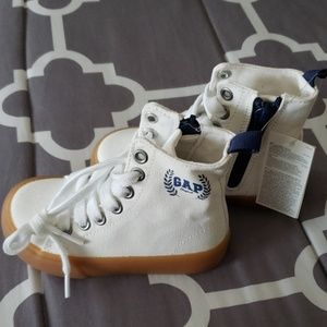 Toddler hi top canvas sneakers